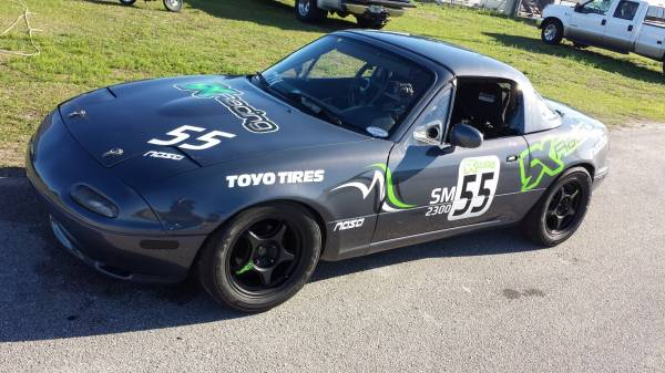 #55 5XR 1991 Mazda Miata SM Racecar